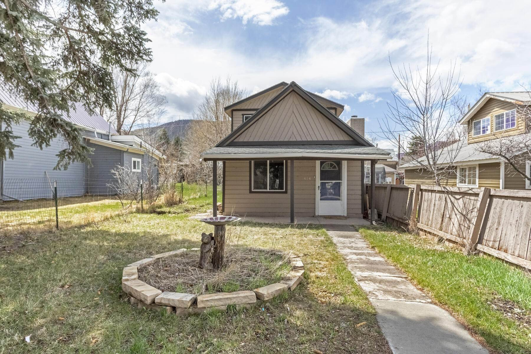 Single Family Homes for Sale at Single family home in Old Gypsum 414 Second Street Gypsum, Colorado 81637 United States