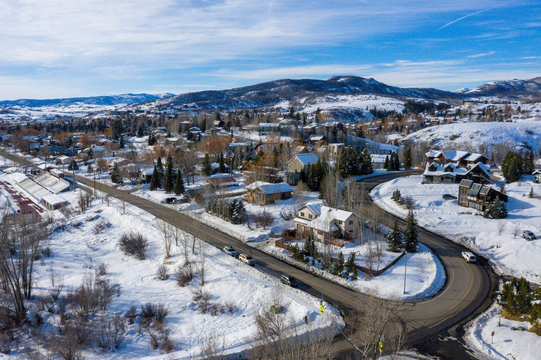 28. Single Family Homes for Sale at Ideal Steamboat Home 74 E Maple Street Steamboat Springs, Colorado 80487 United States