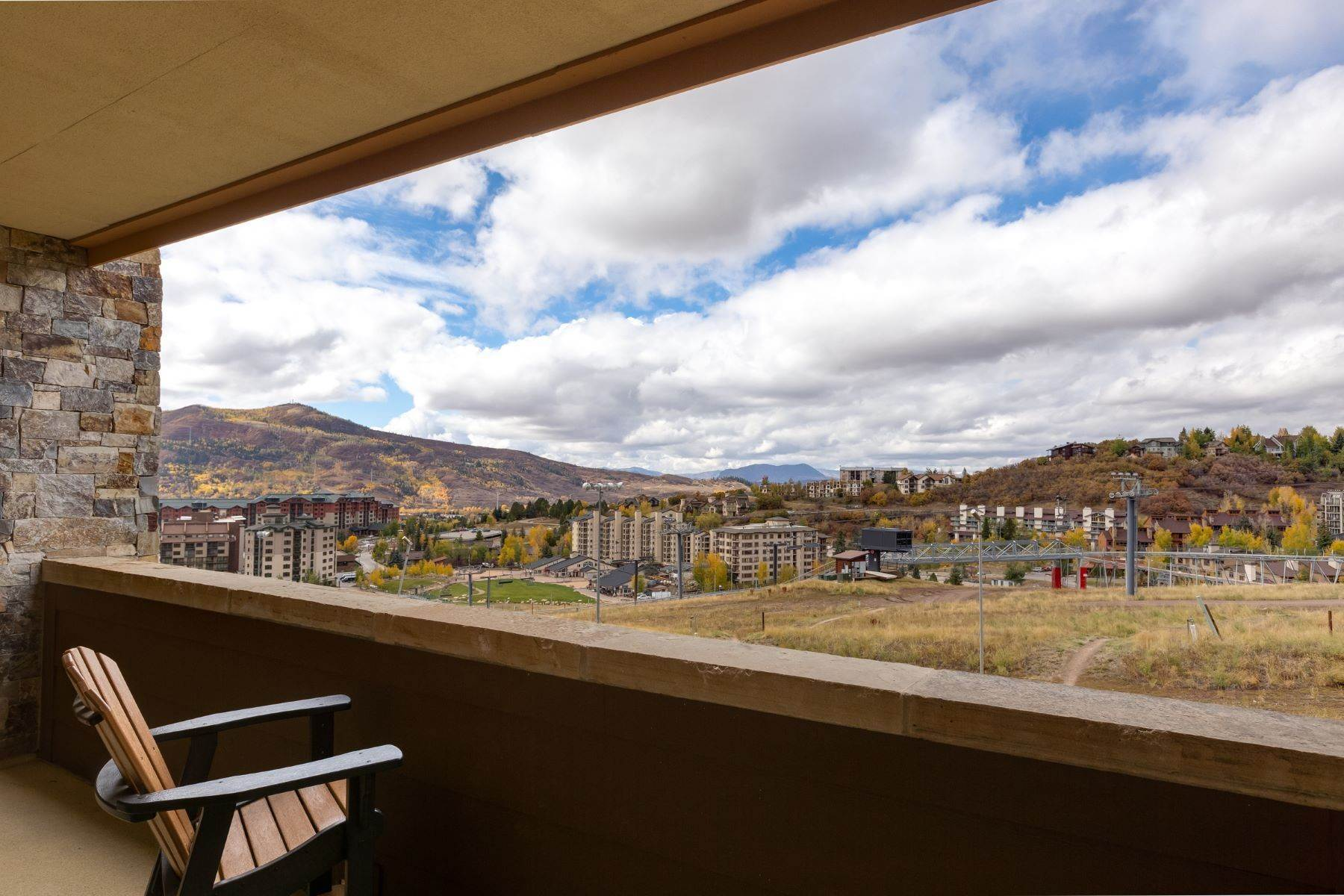 36. Condominiums for Sale at Slopeside Luxury at Edgemont 2410 Ski Trail Lane Unit #2407 Steamboat Springs, Colorado 80487 United States