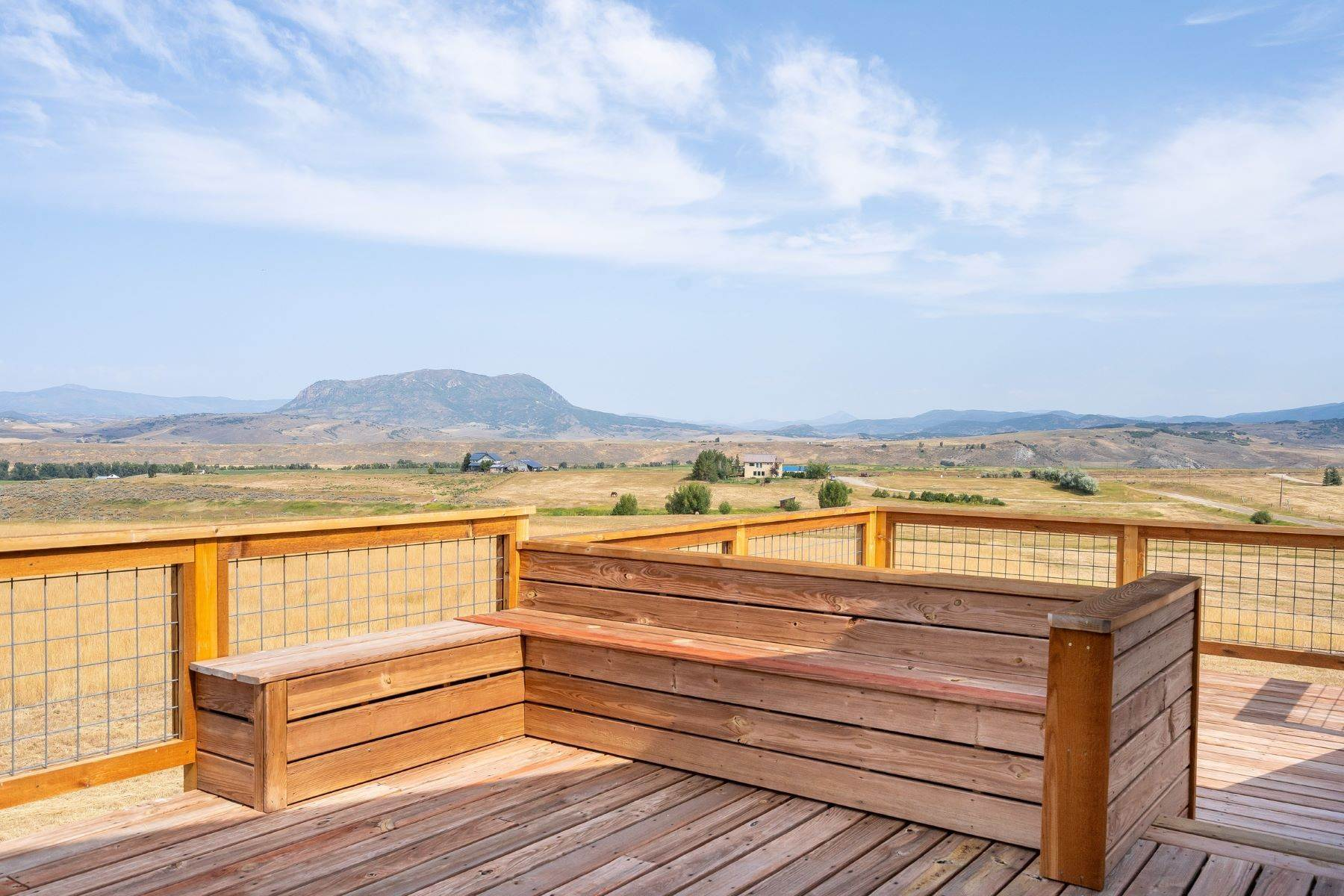 28. Single Family Homes for Sale at 38615 Klein Road Steamboat Springs, Colorado 80487 United States