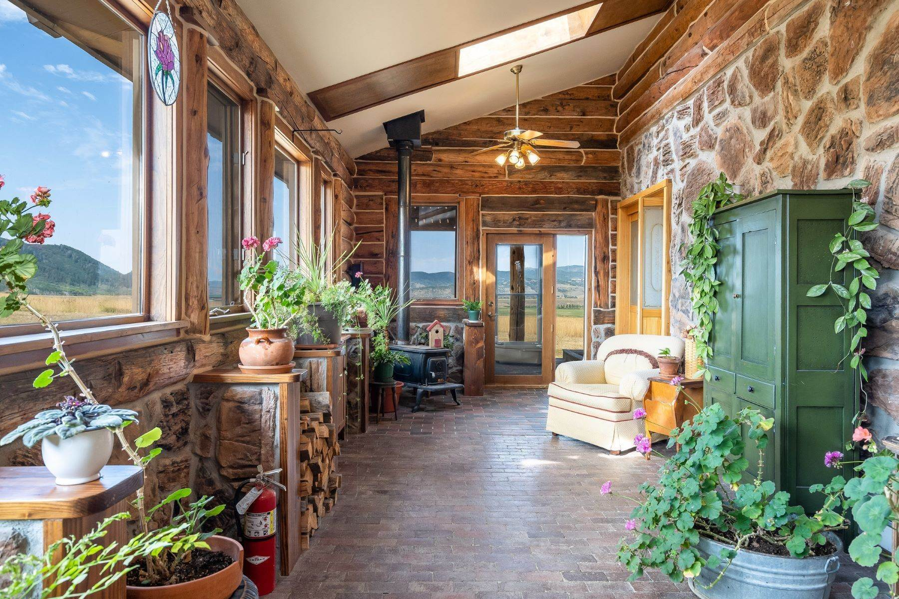 26. Single Family Homes for Sale at 38615 Klein Road Steamboat Springs, Colorado 80487 United States
