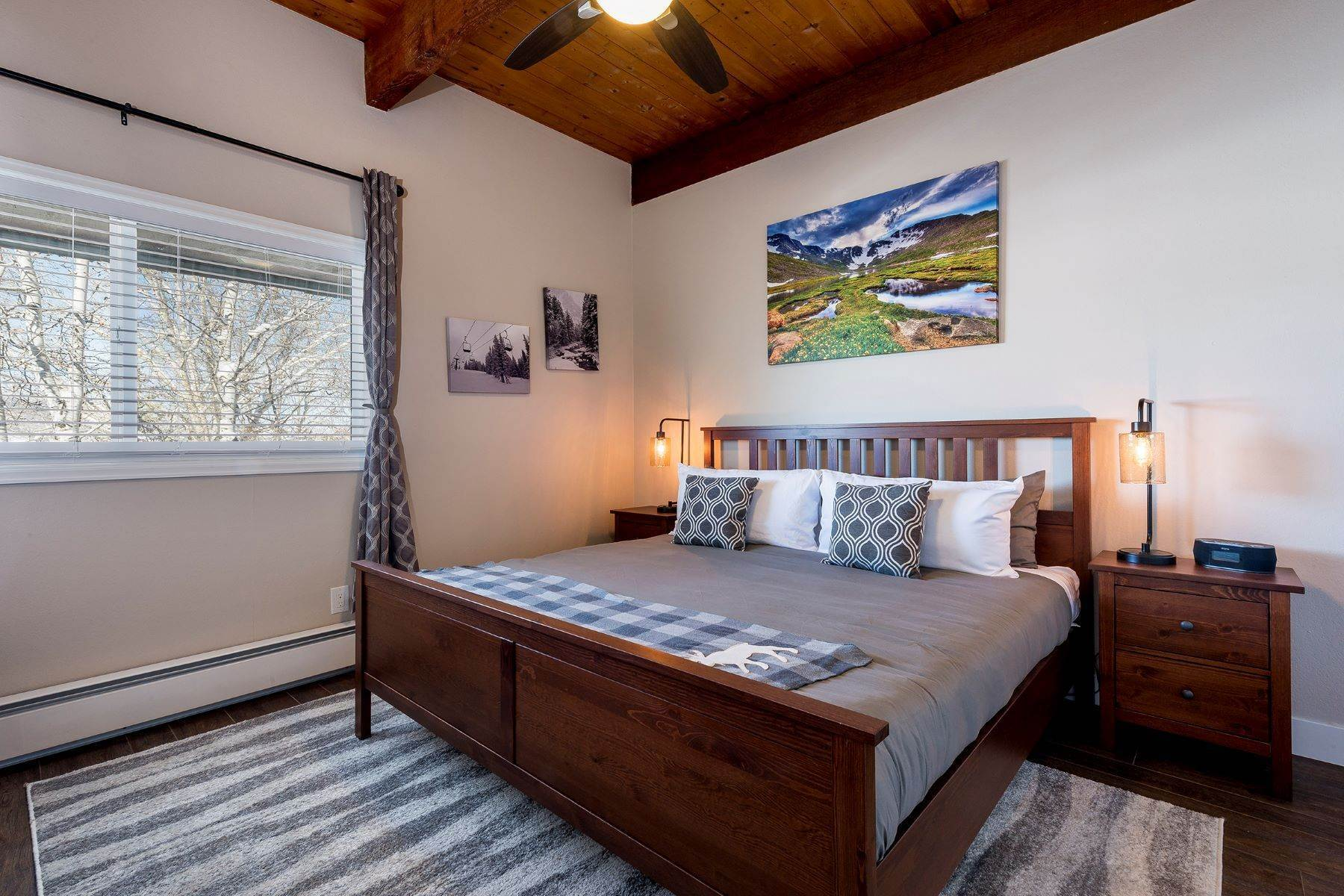 16. Duplex Homes for Sale at Apres Ski Duplex 3340 Apres Ski Way Steamboat Springs, Colorado 80487 United States
