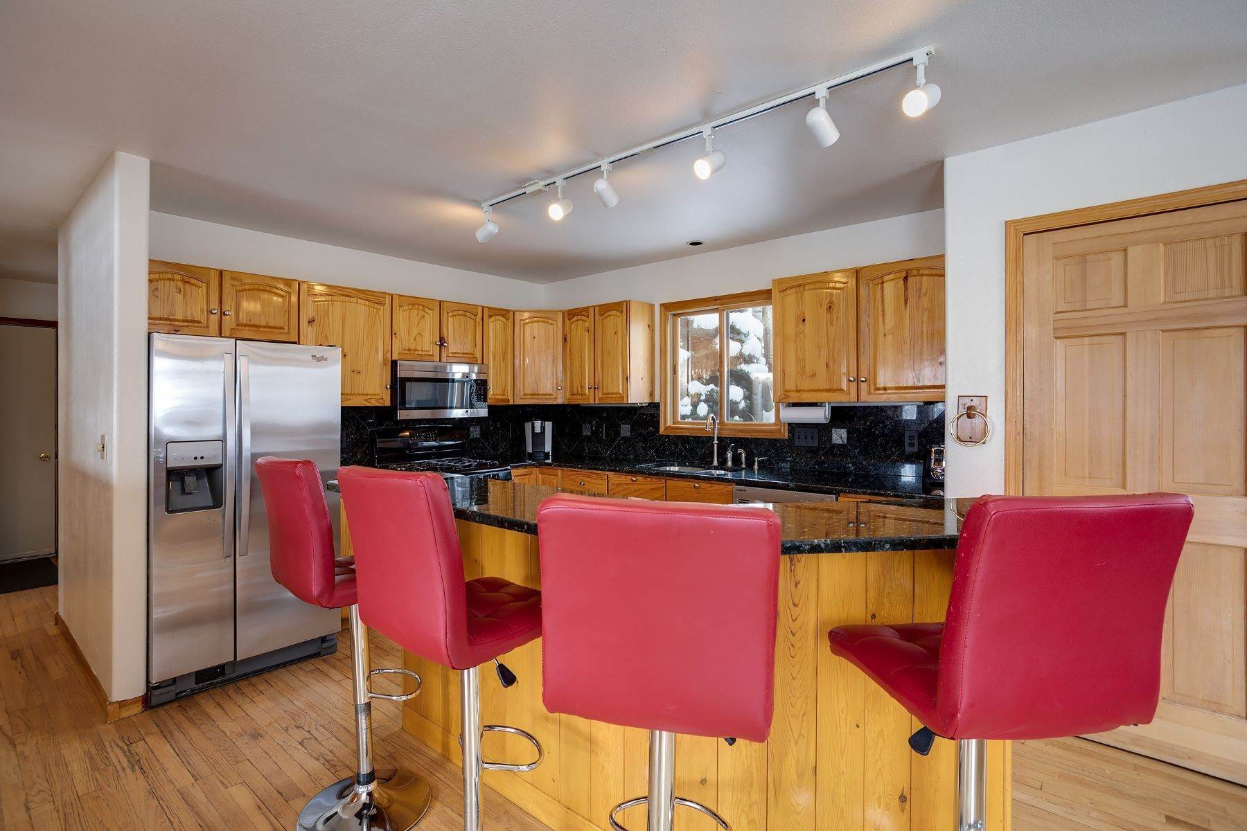 7. Single Family Homes for Sale at Ideal Steamboat Home 74 E Maple Street Steamboat Springs, Colorado 80487 United States