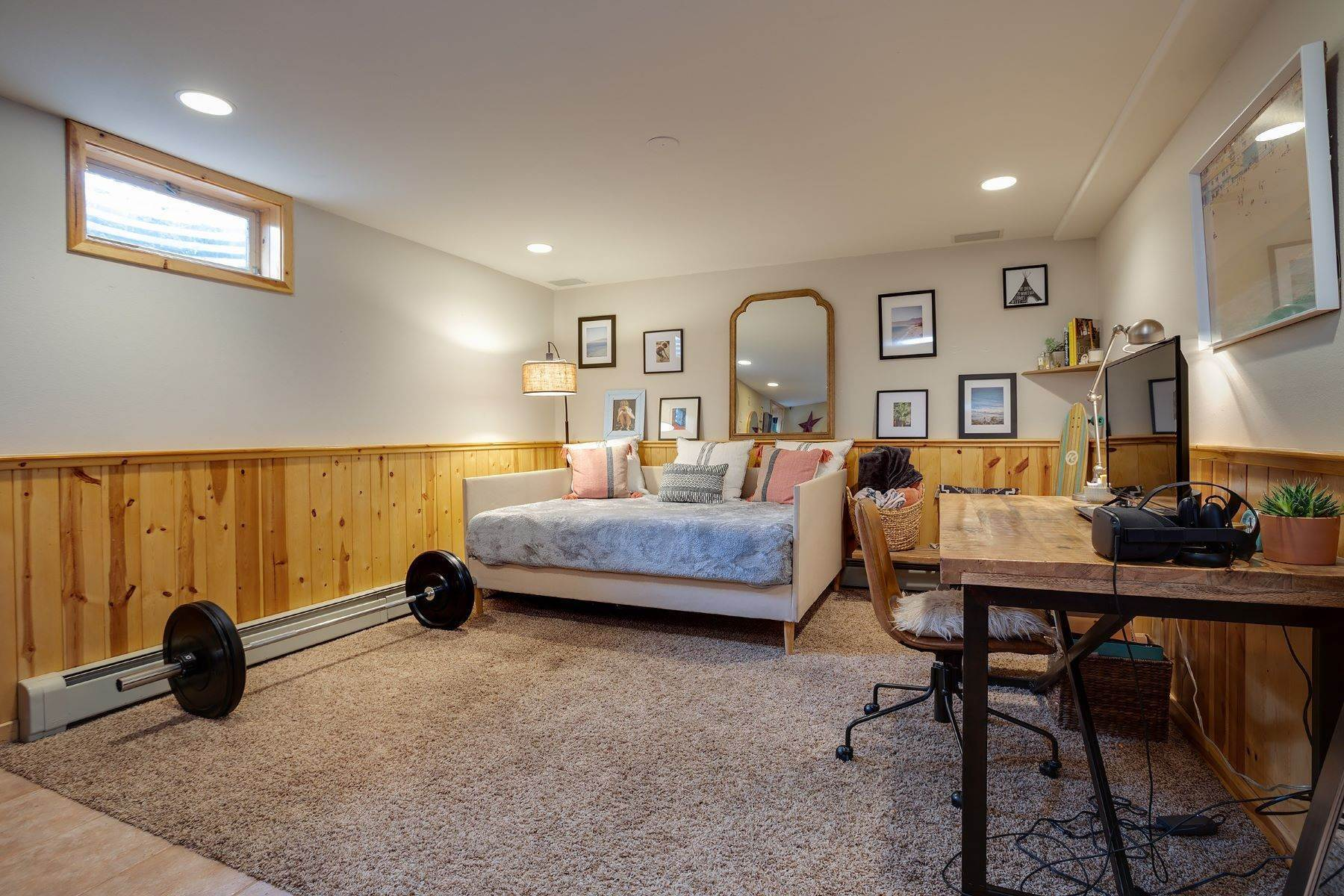 21. Single Family Homes for Sale at Ideal Steamboat Home 74 E Maple Street Steamboat Springs, Colorado 80487 United States