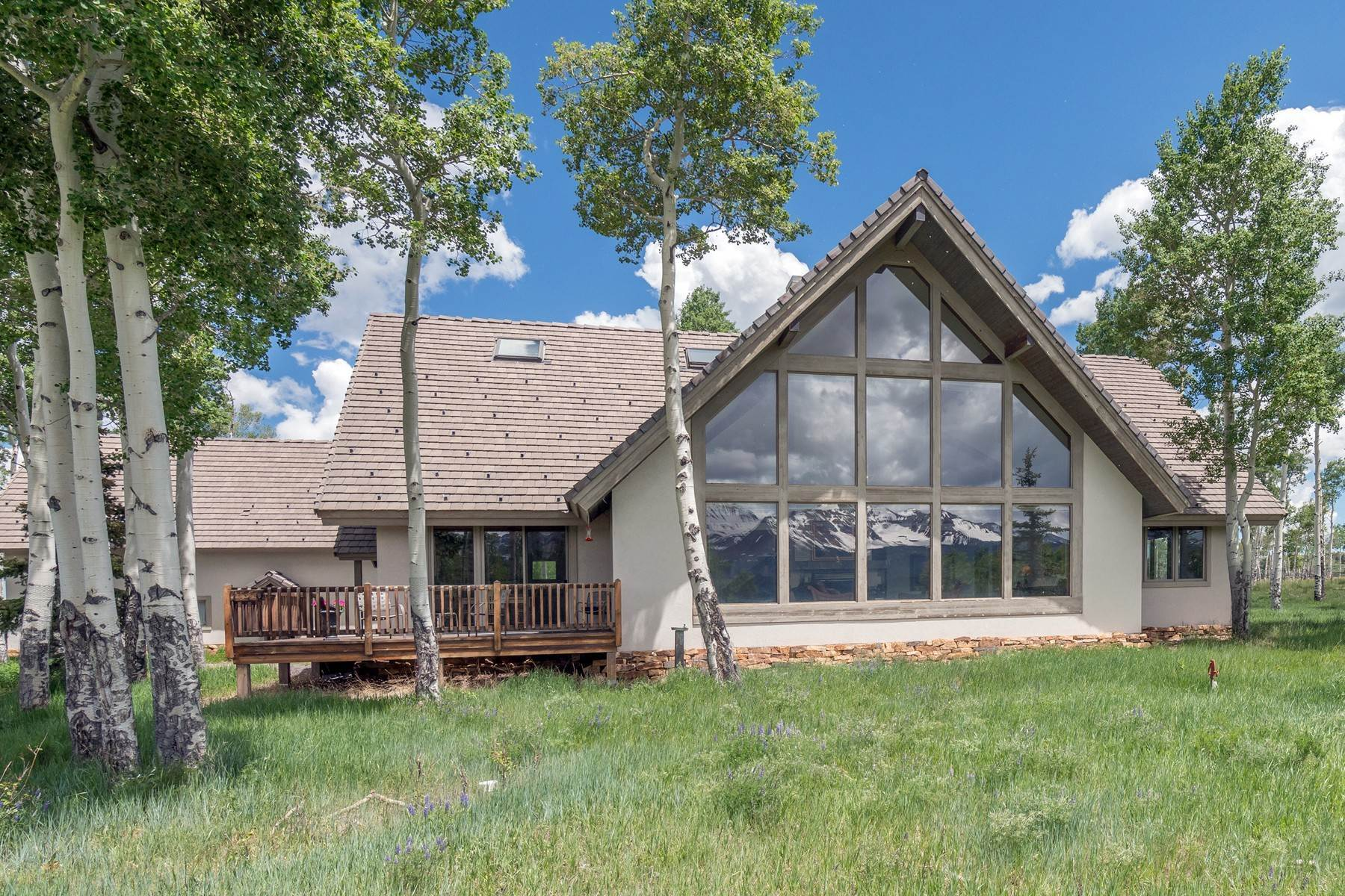 Single Family Homes pour l Vente à 1960 West Anderson Road Placerville, Colorado 81430 États-Unis