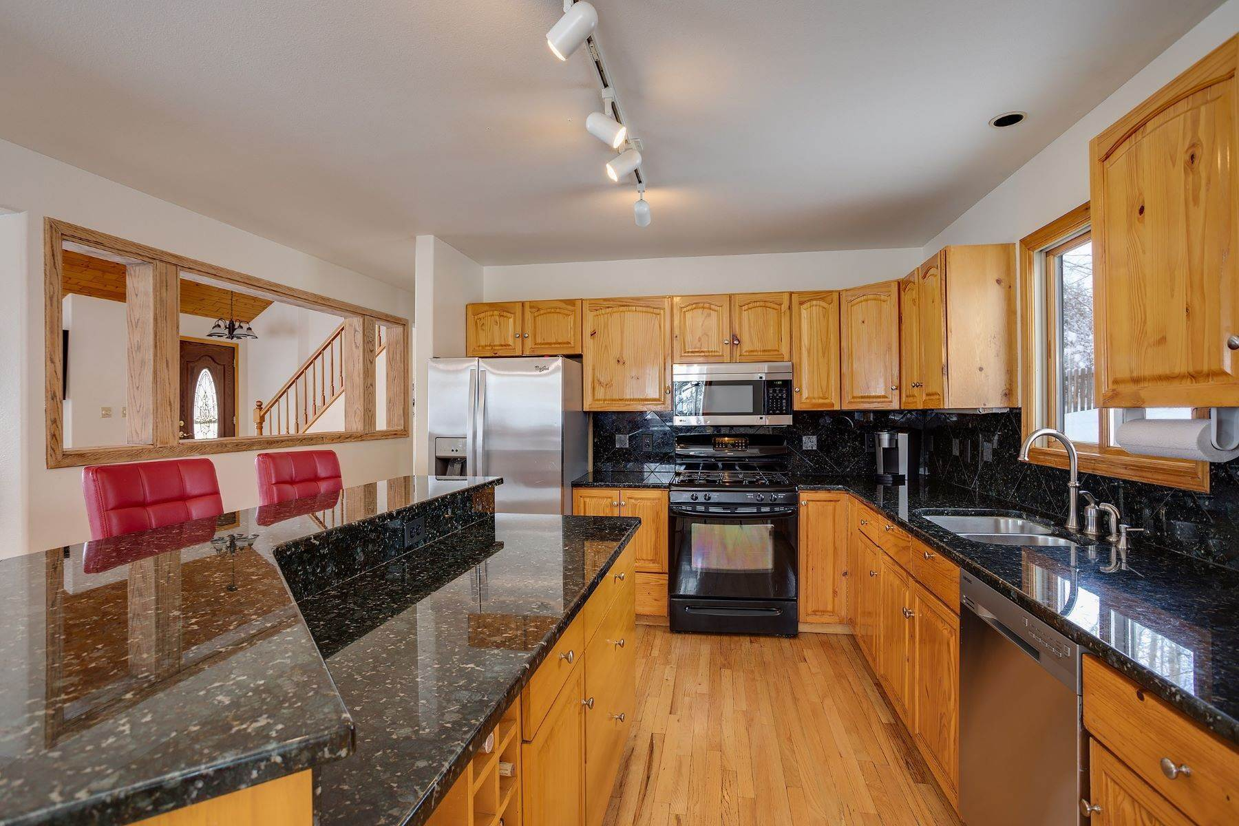6. Single Family Homes for Sale at Ideal Steamboat Home 74 E Maple Street Steamboat Springs, Colorado 80487 United States