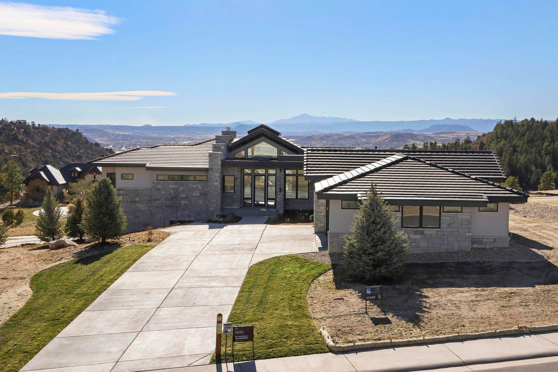 Single Family Homes por un Venta en 7436 Sapphire Pointe Blvd Castle Rock, Colorado 80108 Estados Unidos